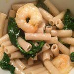 Garlicky Shrimp and Kale Pasta