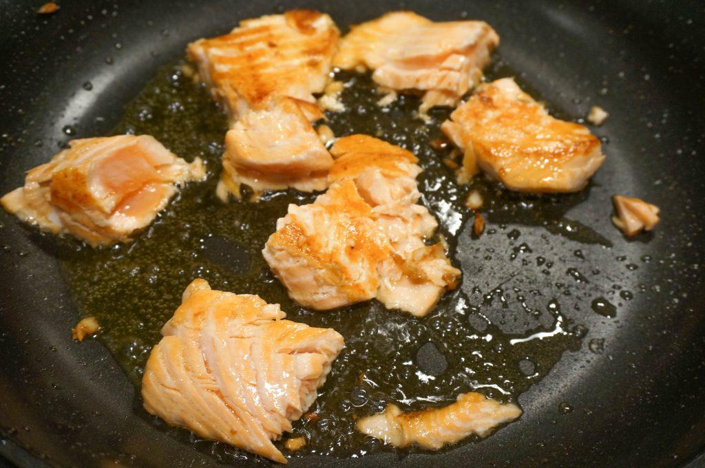 salmon-pea-pasta-04072