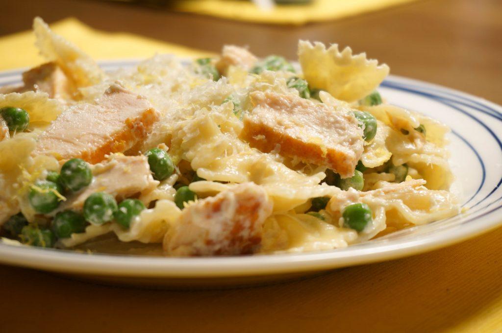 salmon-pea-pasta-04083-2