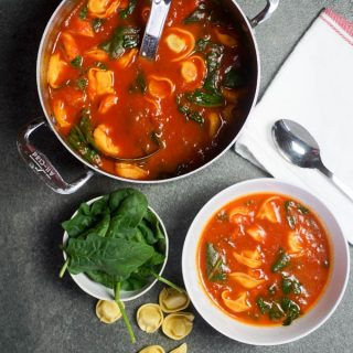 Easy Vegetarian Tortellini Soup